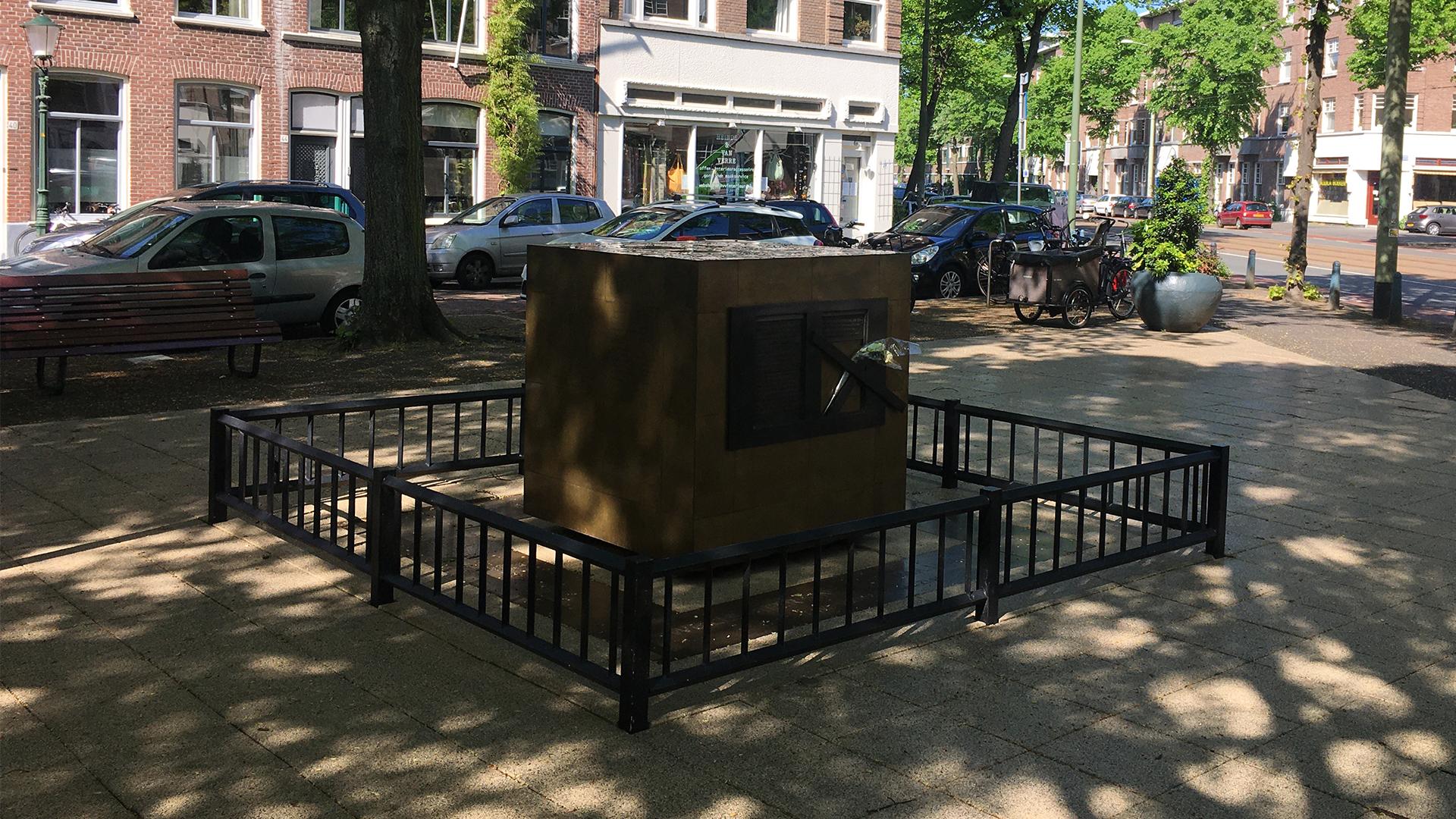 Haagse hondenpis zorgt voor volwaardig oorlogsmonument